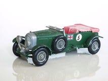 Giocattolo d'annata della vettura da corsa/modello britannico del giocattolo dell'automobile sportiva di litro ½ di Bentley 4Â fotografia stock