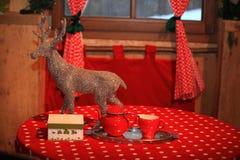 Giocattolo decorativo della decorazione del nuovo anno e di Natale nel retro stile Immagini Stock