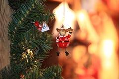 Giocattolo decorativo della decorazione del nuovo anno e di Natale nel retro stile Fotografia Stock Libera da Diritti