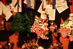 Giocattolo decorativo della decorazione del nuovo anno e di Natale nel retro stile Fotografie Stock Libere da Diritti