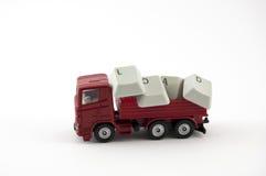 Giocattolo del camion con la parola del carico Fotografia Stock