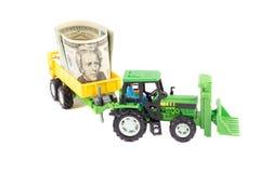 Giocattolo del rimorchio e del trattore, isolato Fotografia Stock Libera da Diritti
