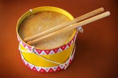 Giocattolo del tamburo Immagini Stock