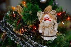 Giocattolo di angelo sull'albero di Natale Fotografia Stock Libera da Diritti