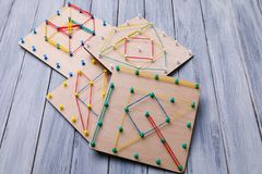 Giocattolo di legno di logica Giocattoli di creatività Il concetto di pensiero logico fotografia stock