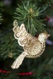 Giocattolo di Natale - uccello dorato Fotografie Stock Libere da Diritti