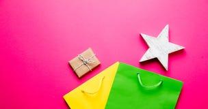 Giocattolo, regalo e sacchetti della spesa Fotografie Stock Libere da Diritti