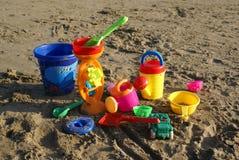 Giochi colorati della spiaggia fotografia stock libera da diritti
