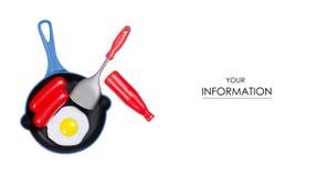 Giochi il modello fritto della spatola della cucina del ketchup della salsiccia delle uova della padella fotografia stock libera da diritti