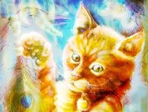 Gioco capo del gatto arancio radiante e dell'uccello con una piuma del pavone, Fotografia Stock Libera da Diritti
