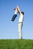Gioco con il padre 10 Fotografia Stock Libera da Diritti