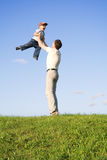 Gioco con il padre 5 Immagine Stock Libera da Diritti