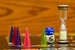 Gioco da tavolo con i pegni di colore Fotografia Stock Libera da Diritti
