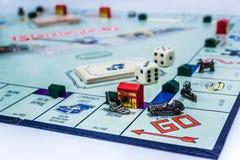 Gioco da tavolo di monopolio - vista grandangolare fotografia stock