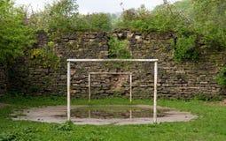 Gioco del calcio abbandonato Immagini Stock Libere da Diritti