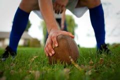 Gioco del calcio del cortile Immagine Stock