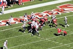 Gioco del calcio del NFL: Bucanieri di Tampa Bay contro San Diego Fotografia Stock Libera da Diritti