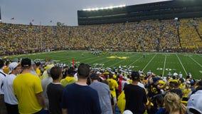 Gioco del calcio dell'Università del Michigan Immagine Stock