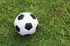 Gioco del calcio sul campo Immagine Stock Libera da Diritti