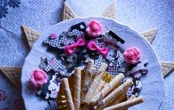 gioco dell'alimento del piatto di scintillio delle cialde di puzzle immagine stock