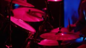 Gioco della percussione video d archivio