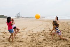 Gioco della spiaggia Fotografia Stock