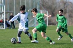 Gioco di calcio di Airnergy - di Rakoczi U13 Fotografia Stock Libera da Diritti
