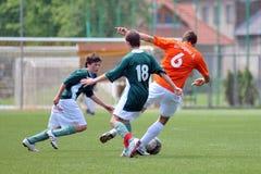 Gioco di calcio di Kozarmisleny - di Kaposvar U15 fotografia stock