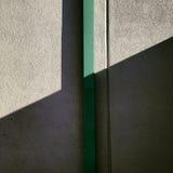 Gioco di ombra sulla parete Fotografia Stock Libera da Diritti