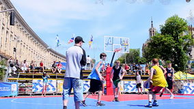 Gioco di pallacanestro, celebrazione di giorno di Europa, Kiev, Ucraina, archivi video