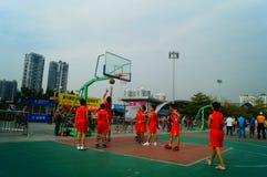 Gioco di pallacanestro della scuola secondaria Fotografia Stock Libera da Diritti