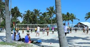 Gioco di pallavolo di Miami Beach Florida stock footage