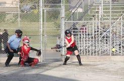 Gioco di softball delle donne canadesi Immagini Stock Libere da Diritti