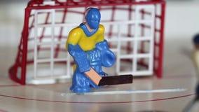 Gioco di tavola del hockey su ghiaccio di attacco archivi video