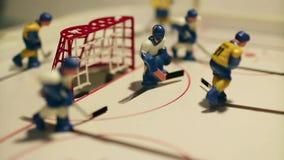 Gioco di tavola del hockey su ghiaccio di scopo stock footage