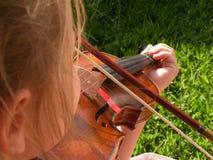 Gioco perfetto del violino Fotografie Stock