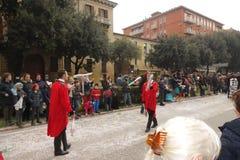 Giocoliere con i giochi dei birilli alla parata di carnevale di Verona Fotografia Stock Libera da Diritti