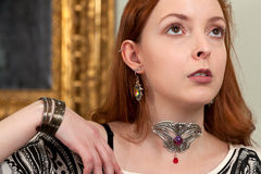 Gioielli biondi veneziani d'annata della donna Fotografia Stock Libera da Diritti