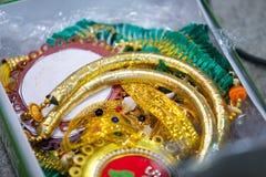 Gioielli ed ornamenti indiani del sud di nozze immagini stock
