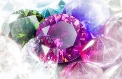 Gioielli lucidati variopinti del diamante Fotografia Stock