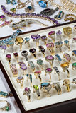 Gioielli - pietre preziose - anelli Immagine Stock