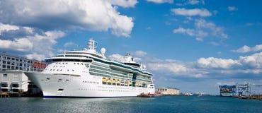 Gioiello dei mari - nave da crociera Fotografia Stock