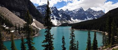 Gioiello del ` del lago moraine ` di Alberta, Canada potrebbe essere detto che questo è uno di laghi più bei nel mondo conosciuto Immagine Stock Libera da Diritti