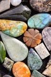 Gioiello prezioso della pietra della roccia dei semi Immagine Stock