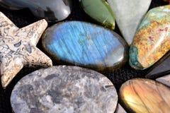 Gioiello prezioso della pietra della roccia dei semi Immagini Stock