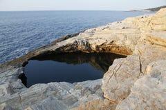 Giola - naturlig pöl i den Thassos ön, Grekland Royaltyfri Bild