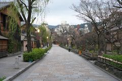 Gion Shirakawa, tradycyjny rozrywka okręg w Kyoto, wcześnie rano fotografia royalty free