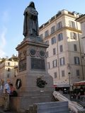 Giordano Bruno-standbeeld in Rome stock foto