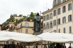 Giordano Brvno statue in Campo de' Fiori Royalty Free Stock Photos