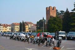 Giorgionevierkant in Conegliano, Veneto, Italië Stock Afbeeldingen